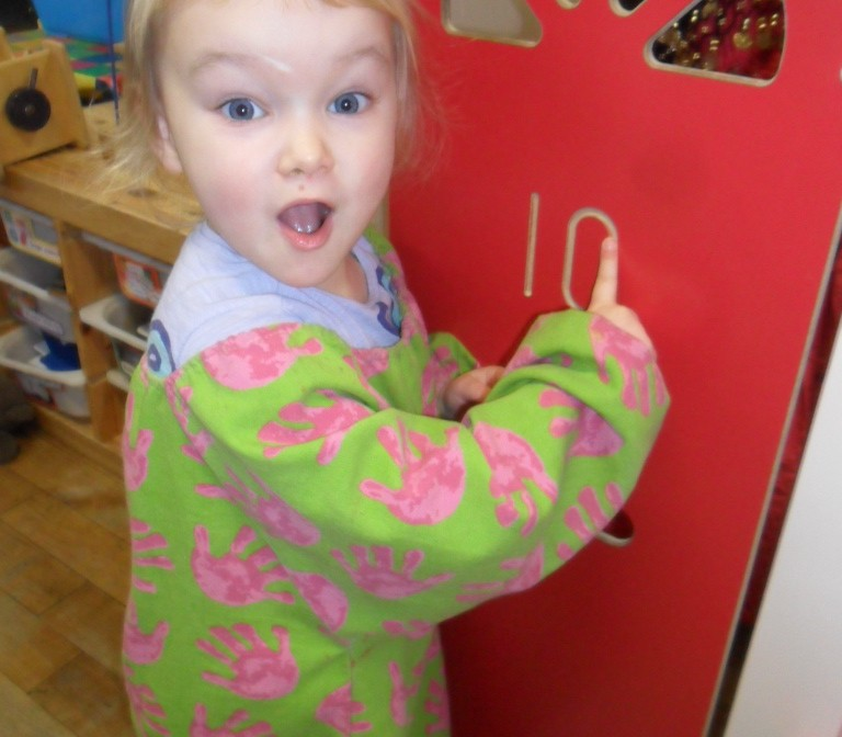 Knock knock! learning to count